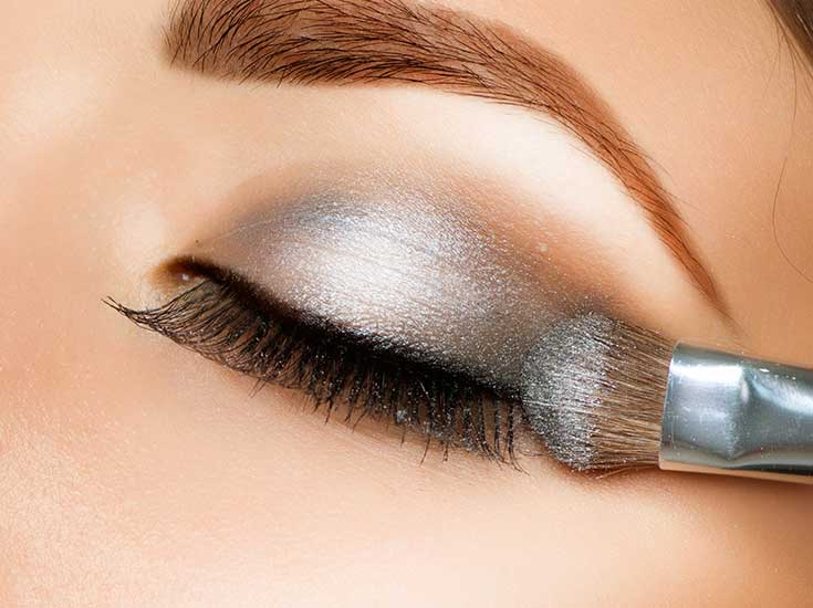 Eye shadow application for cosmetics